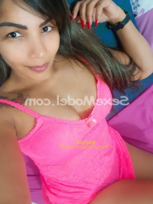 Solenne escorte massage