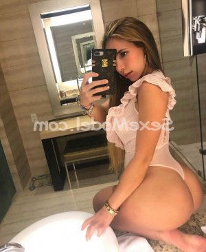 Fahima escort massage sexe